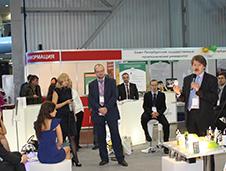 «11 против 100». Показательные эксперименты с лампочками на петербургском инновационном форуме
